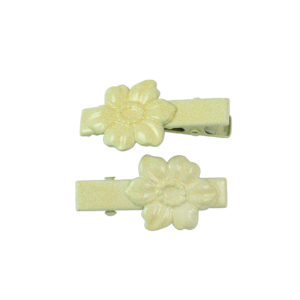 Image of Butter Yellow Dogwood Lil Girl Pinch Clip