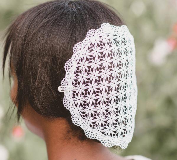 Image of White Daisy Venice Lace fabric, Trim 10