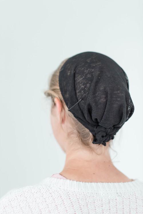 "Image of 12"" Round Tie Veil, Hacci Knit fabric, Black"