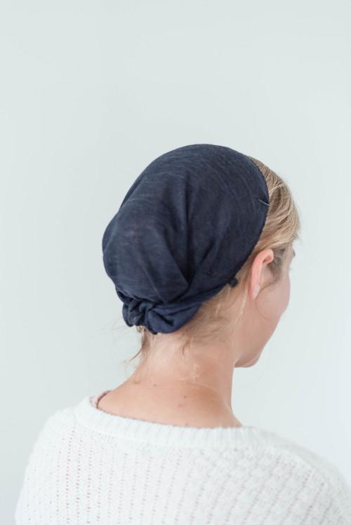 "Image of 12"" Round Tie Veil, Hacci Knit fabric, Navy"